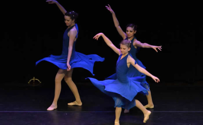 Flowing Grace School of Dance-3